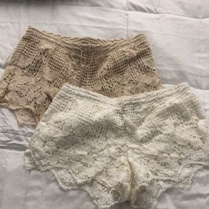 2 FOR 1!! Express beige and cream crochet shorts